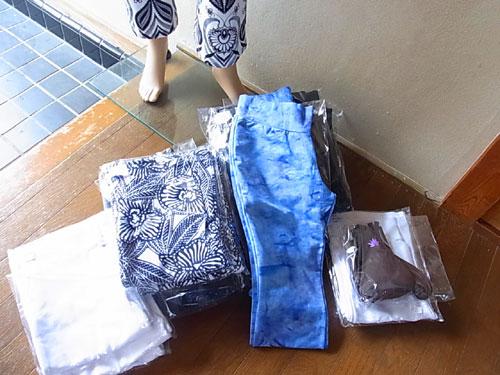 インドネシアバリ島からパンツが入荷!/ストレッチパンツ通販専門店【ROOSAルーサ】
