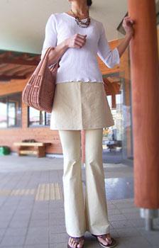 ストレッチパンツ・ブーツカットタイプ《ベージュ》ストレッチパンツ専門店【ROOSAルーサ】