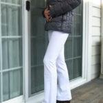 寒い季節でもはきたいピュアホワイト♪試着イメージ画像撮影しました!美脚パンツ/ホワイト