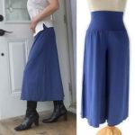 ブーツと合わせて、一足お先に秋ファッション/スーパーストレッチ素材のフレアーパンツ/八分丈